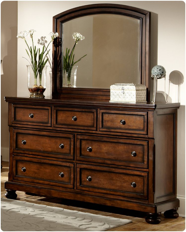 Homelegance 2159-5 Cumberland Dresser